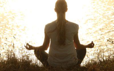Deine 7 wertvollen Tipps, um dauerhaft zu meditieren